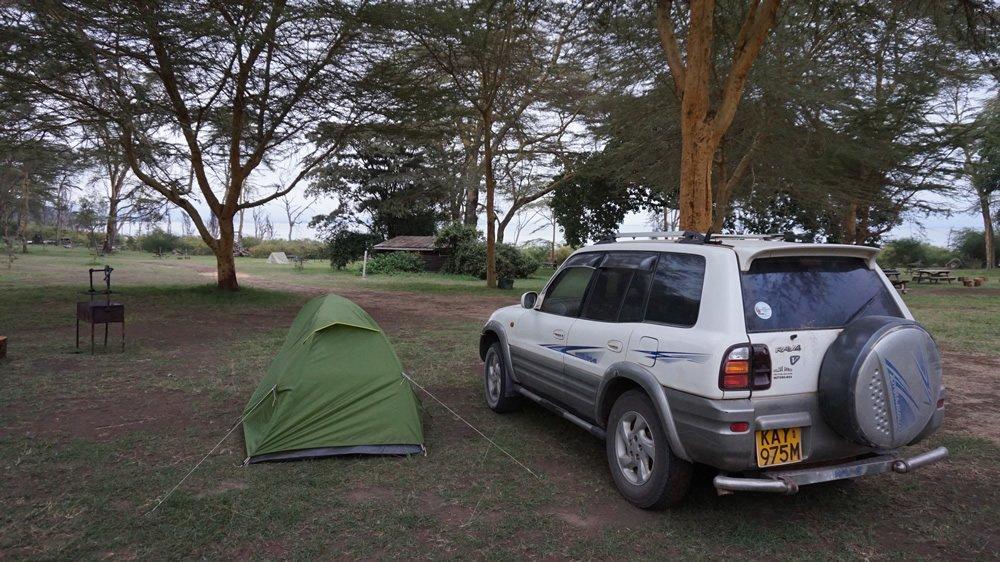 acampada en el lago Naivasha