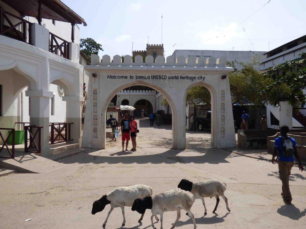 Entrada a Lamu Town
