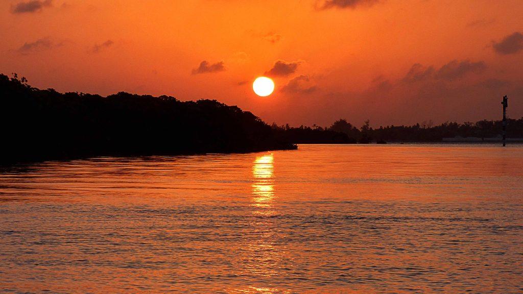 Puestas de sol desde las costas de Lamu