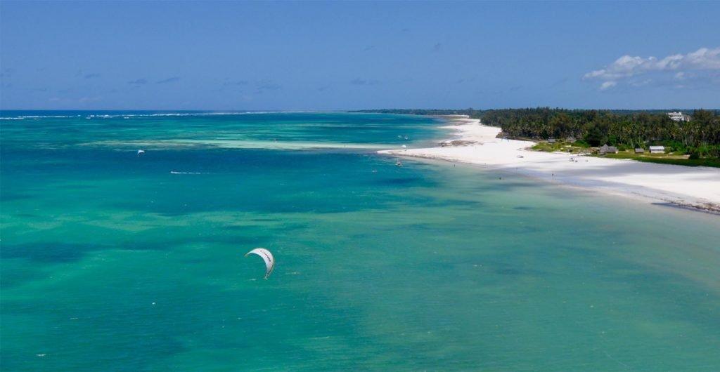 Kite surfing Diani