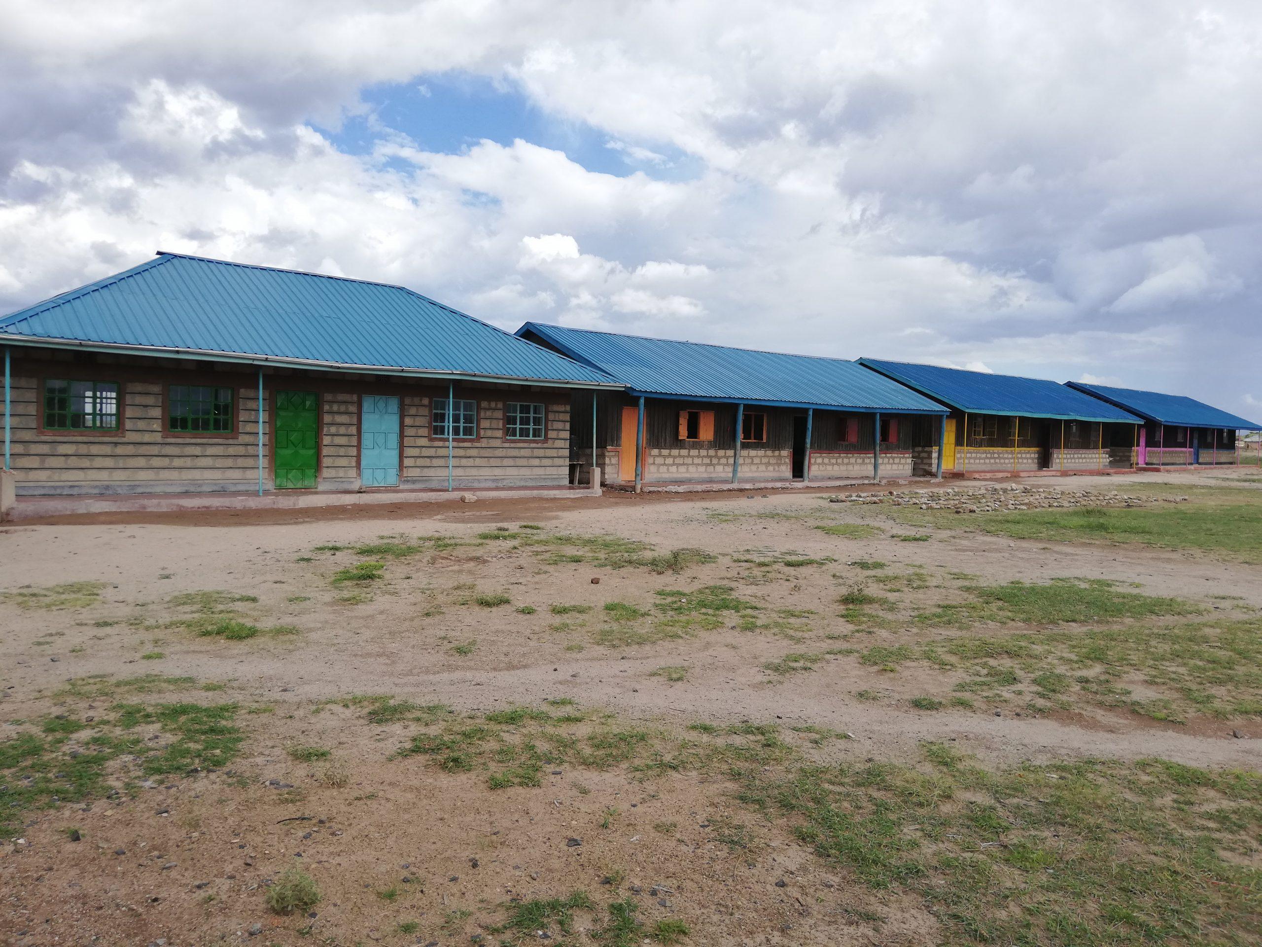 Escuela construida por la ONG IdeaLibre en Chumvi